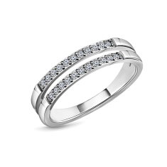 Double Pavé ring in US size 6