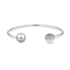Pearl bangle plated in rhodium